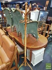 Sale 8495F - Lot 1041 - Bentwood Coat rack