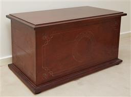 Sale 9097H - Lot 90 - Blanket box H-51cm W-96cm D-50cm