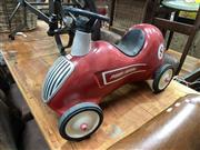 Sale 8896 - Lot 1031 - Childs Radio Flyer Ride on Car