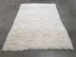 Sale 9134 - Lot 1086 - Large vintage flokati rug in white (310 x 220cm)