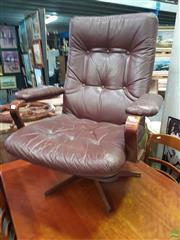 Sale 8601 - Lot 1083 - Vintage Lounge Chair