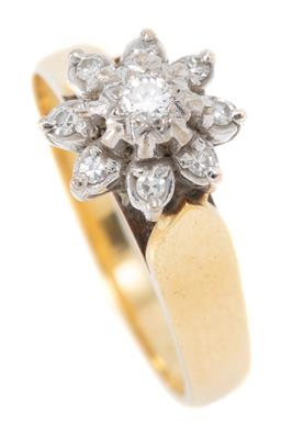 Sale 9160 - Lot 313 - A VINTAGE 18CT GOLD DIAMOND CLUSTER RING; floral cluster illusion set with a round brilliant cut diamond of approx. 0.03ct to a surr...