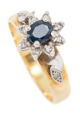 Sale 9160 - Lot 311 - A VINTAGE 18CT GOLD SAPPHIRE AND DIAMOND CLUSTER RING; top applied with a 9ct white gold basket mount and shoulders centring an oval...