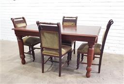 Sale 9112 - Lot 1092 - Edwardian 5 piece dining suite (h:74 x w:152 x d:91cm)