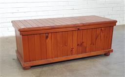 Sale 9146 - Lot 1020 - Pine trunk (h:48 x w:124 x d:43cm)