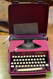 Sale 8528 - Lot 1045 - Vintage Typewriter
