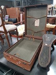 Sale 8740 - Lot 1080 - Vintage Travelling Wardrobe