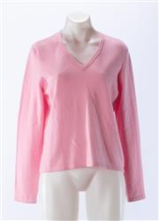 Sale 8910F - Lot 47 - A Lands-End pure cashmere v-neck sweater in baby pink , S 10-12