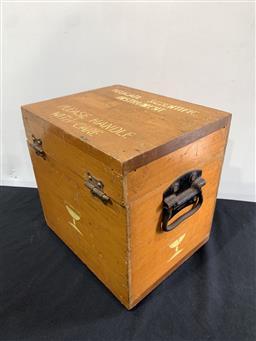Sale 9092 - Lot 1094 - Vintage timber scientific Instrument case