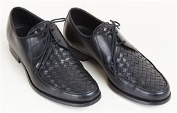 Sale 9120K - Lot 89 - A pair of mens Bottega Veneta dress shoes; in original box size 42