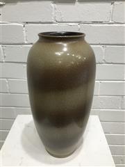 Sale 9056 - Lot 1038 - West German Vase by BAV (650-40) H42cm