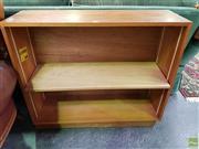 Sale 8611 - Lot 1052 - Small Open Bookcase (H: 77 W: 91.5 D: 29.5cm)