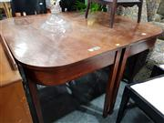 Sale 8769 - Lot 1097 - Mahogany Extension Dining Table