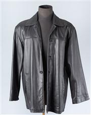 Sale 8828F - Lot 34 - A Mens Black Leather 3/4 Jacket By Andrew Marc NY, Size Medium