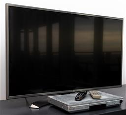 Sale 9191H - Lot 36 - LG LED Flat screen TV together with a Panasonic DVD player