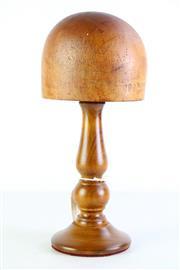 Sale 8963 - Lot 23 - A Vintage Godfrey 208 Melbourne Hatblock Size 22