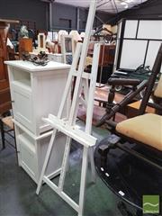 Sale 8424 - Lot 1083 - Artists Easel