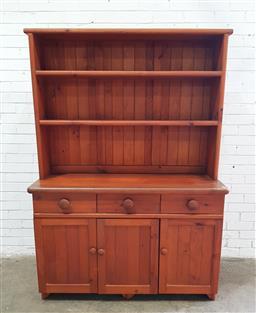 Sale 9112 - Lot 1009 - Pine buffet and hutch (h:188 w:132 d:50cm)