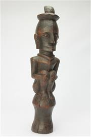Sale 8667 - Lot 72 - Carved Cultural Totem (H: 47cm)