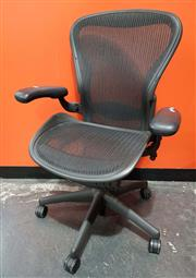 Sale 8809 - Lot 1042 - Herman Miller Aeron Office Chair (faults)