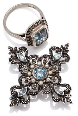 Sale 9145 - Lot 318 - AN EDWARDIAN STYLE SILVER TOPAZ AND STONE SET RING AND PENDANT BROOCH; ring set with emerald cut blue topaz of approx. 2.92ct to sur...