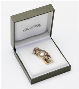 Sale 9255H - Lot 15 - A Christofle silver-plated kookaburra form table weight with faux pearl insert, Height 5.5cm, RRP $150, boxed.