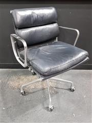 Sale 8801 - Lot 1018 - Eames Aluminium Group Chair