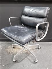 Sale 8801 - Lot 1013 - Eames Aluminium Group Chair