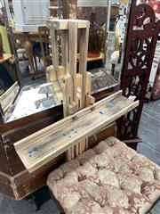 Sale 8896 - Lot 1077 - Folding Timber Travellers Artist Easel