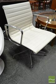 Sale 8528 - Lot 1054 - Herman Miller Eames Group Chair EA 330