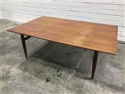 Sale 9056 - Lot 1084 - Vintage Teak Coffee table (h:41 x w:79 x d:125cm)