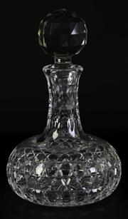 Sale 8985G - Lot 677 - Stuart crystal decanter (H25cm)