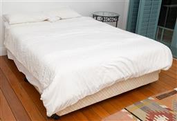 Sale 9191H - Lot 87 - Queensize ensemble including bedding