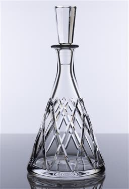 Sale 9245R - Lot 19 - A good quality hand cut lead crystal decanter of tapering form,Ht: 31cm