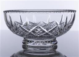 Sale 9245R - Lot 20 - A good vintage English Stuart hand cut lead crystal bowl C: mid century, D: 20cm