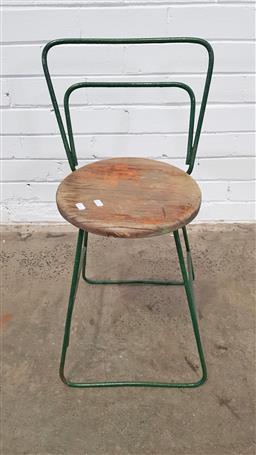 Sale 9157 - Lot 1020 - machinists stool (h:68cm)
