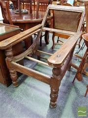 Sale 8465 - Lot 1063 - Vintage Settlers Chair (restoration needed)