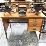 Sale 8699A - Lot 712 - 1960s Teak Desk, height 77 x width 114 x depth 68cm