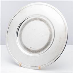 Sale 9255H - Lot 3 - A Christofle Vertigo silver-plated under plate, Diameter 33cm, RRP $700.
