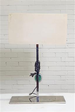 Sale 9146 - Lot 1015 - Chrome table lamp (h:80cm)