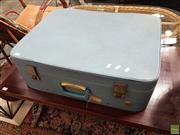 Sale 8601 - Lot 1510 - Vintage Regal Suitcase