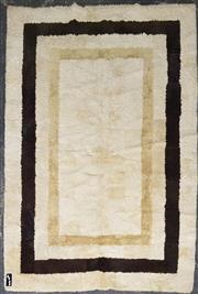 Sale 8959 - Lot 1039 - Australian Wool Sheepskin Rug (273 x 181cm)