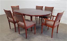 Sale 9151 - Lot 1040 - Chiswell 7 piece dining suite incl extension table with 4 chairs and 2 carvers (h:73 x d:121cm)