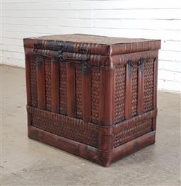 Sale 9146 - Lot 1035 - Woven oriental lift top trunk (h:55 x w:49 x d:42cm)