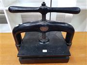 Sale 8822 - Lot 1124 - Vintage Book Press