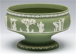 Sale 9173 - Lot 20 - A Wedgwood green centre bowl (Dia 21cm)