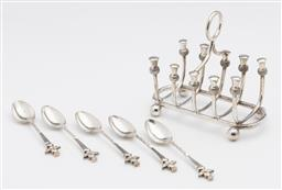 Sale 9245R - Lot 65 - Charming antique silverplate Scottish themed toast and tea items, the 4 slice toast rack Walker & Hall C: 1900, Ht: 11cm, with 5 thi...