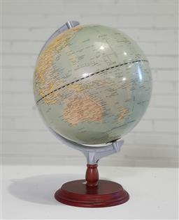Sale 9154 - Lot 1044 - Globe on stand (h:47cm)