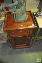 Sale 8331 - Lot 1044 - Bedside Cabinet w Single Drawer & Door