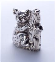 Sale 8376A - Lot 37 - An Australian Sterling Silver Koala figure, hallmarked Collette Solid 925 Aust, ht 4.0cm wt 108.0g